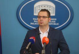 """SNSD POZIVA NA JEDINSTVO """"Sve stranke iz Srpske zajedno da odgovore na pritiske izvana"""""""