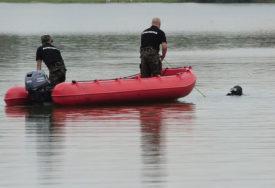 Utopio se otac troje djece:  Skočio u rijeku da se rashladi, progutali ga talasi
