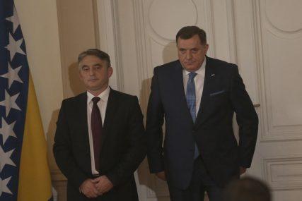 """""""OD ZLATNOG LJILJANA SE VIŠE I NE OČEKUJE"""" Dodik pozvao Komšića da ga prijavi za IZAZIVANJE POBUNE"""