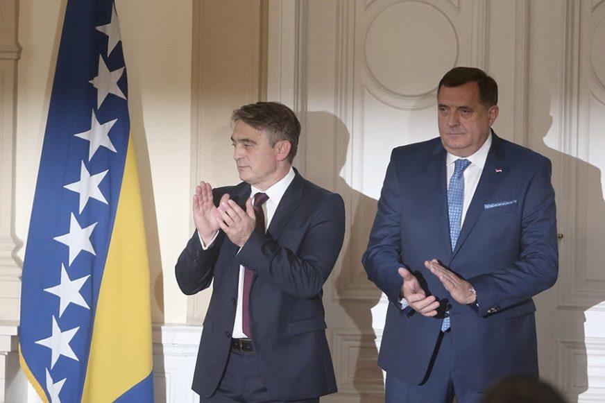 KAO U SLUČAJU MODRIČE Komšić pozvao Dodika da OVAKO zaštiti povratnike u Kozarcu