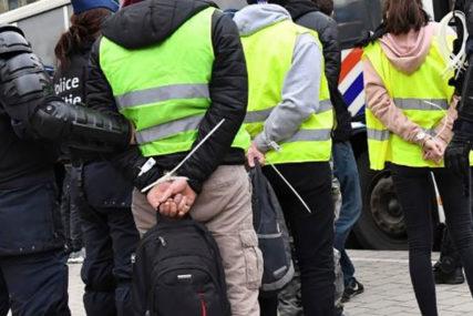 """PROTESTI U FRANCUSKOJ Uhapšen jedan od lidera """"Žutih prsluka"""""""