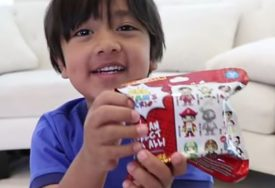 """""""IMAM SMISAO ZA HUMOR"""" Rajan (7) ZARAĐUJE MILIONE na Jutjubu, evo zbog čega (VIDEO)"""
