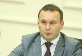 """""""Ponašanje Stanivukovića me čudi"""" Ćosić smatra da posjeta Karićeve Banjaluci nije korak naprijed"""