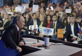 ŽELJELA JE DA INTERVJUIŠE NEKOG POZNATOG Teško bolesnoj Regini (17) Putin je ispunio želju, odgovarao je na SVA NJENA PITANJA