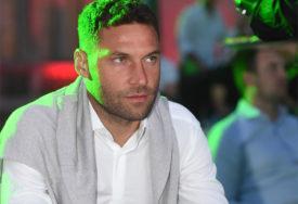 INCIDENT Duško Tošić napadnut nožem na Kalemegdanu