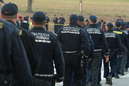 MEKTIĆ ODBACIO ZAHTJEVE DOMAĆIH PROIZVOĐAČA Da li se nabavka policijske uniforme NAMJEŠTA ZA UVOZNIKA