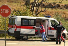 PRONAĐEN SA TEŠKIM POVREDAMA U Tesliću preminuo službenik Policijske stanice, sumnja se na samoubistvo