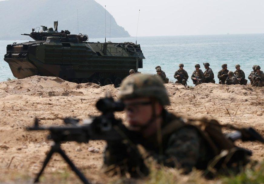 """Američki magazin """"Newsweek"""" objavio predviđanja za 2019. godinu: SAD bi mogle i VOJNO INTERVENISATI u BiH"""