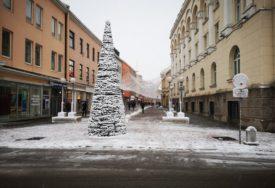 PRVE JELKE OKITILI OKUPATORI Kako je novogodišnji šareniš stigao u Banjaluku