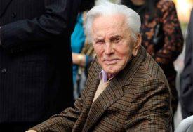 """""""ZA SVIJET BIO JE LEGENDA"""" Preminuo čuveni glumac Kirk Daglas u 103. godini"""