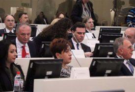BURA NA VIDIKU Pitali smo poslanike parlamenta BiH šta će im biti PRIORITET kada počnu da rade
