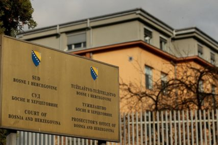 PREBACIVALI ROBU PREKO DRINE Podignuta optužnica zbog krijumčarenja tekstila iz Srbije