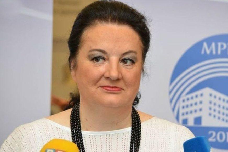 HIT DANA Svetlana Cenić