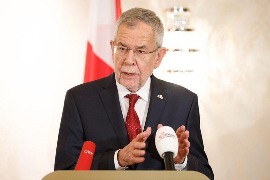 """""""ALIJANSA DOŽIVJELA MOŽDANU SMRT"""" Predsjednik Austrije saglasan sa Makronom"""