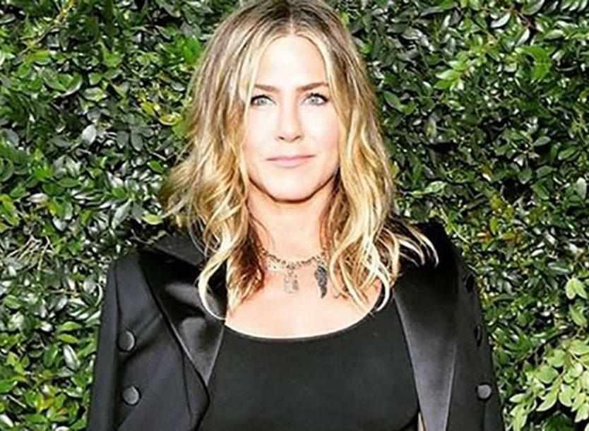 INSTAGRAM SE USIJAO Glumica Dženifer Aniston zapratila bivšeg muža, a on je trenutno IGNORIŠE