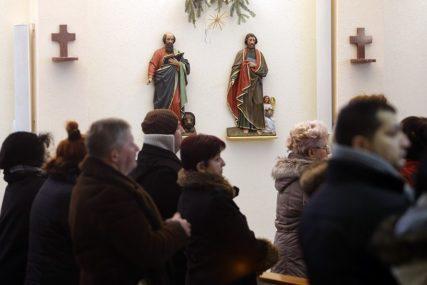 NAJVEĆI HRIŠĆANSKI PRAZNIK Katolici sutra proslavljaju Uskrs