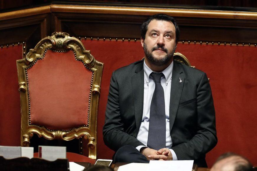 Salvini: Smanjenje broja poslanika moguće samo uz prijevremene izbore