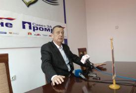 """""""NE NAPUŠTAMO SKUPŠTINSKU VEĆINU"""" Tubin o koaliciji SDS-SNSD u Prijedoru"""