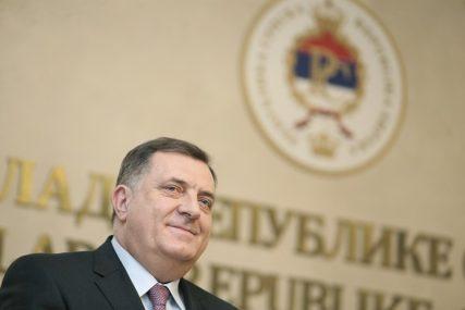 """ZAVADI PA VLADAJ Dodik """"razbio"""" opoziciju u Srpskoj"""