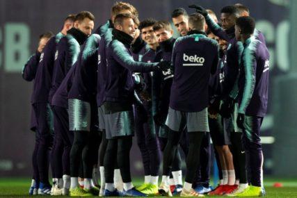 Barselona pred izbacivanjem