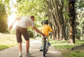 NESVAKIDAŠNJA KAMPANJA Bicikli za djecu čiji su roditelji PRESTALI PUŠITI