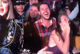 ŠOK Par vodio ljubav dok je trajalo uključenje s dočeka Nove godine (VIDEO)