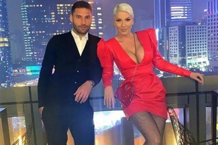 ONA NEĆE DA ČUJE ZA RAZVOD Evo zašto je Duško Tošić PRESTAO PRATITI Jelenu na Instagramu