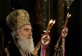 PRVI PUT BEZ PRISUSTVA VJERNIKA Patrijarh Irinej služio vaskršnju liturgiju u hramu Svetog Save (VIDEO)