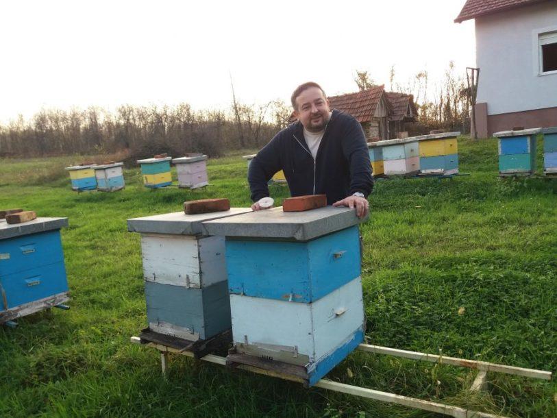 Ljubiša Stakić iz Prijedora pčelar 18 godina: Svaku košnicu gledam kao mali grad i svakoj prilazim kao da samo nju imam