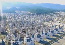 IZJALOVILI SE PLANOVI Od projekta ekskluzivnog naselja ostala gomila vila koje izgledaju JEZIVO