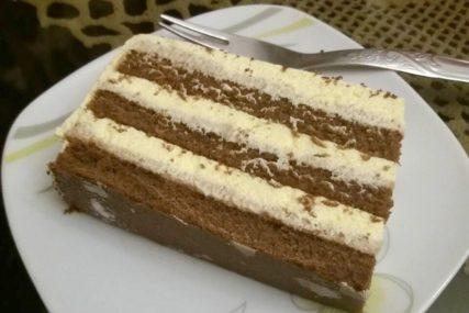 SLATKA JEDNAČINA Brza torta s plazmom osvaja na PRVI ZALOGAJ