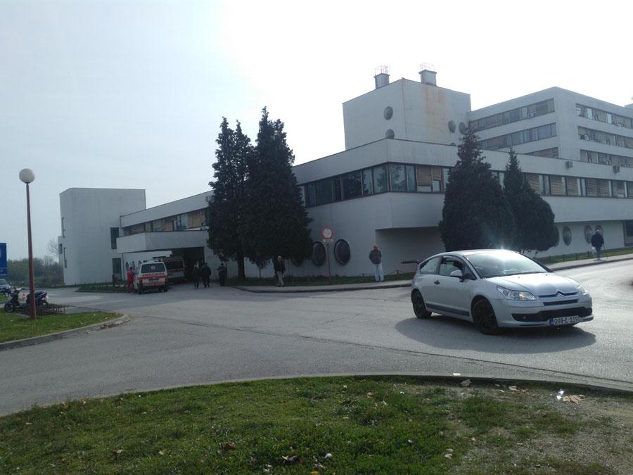 Građani da se pridržavaju mjera: Dva respiratora i zaštitna oprema bolnici u Prijedoru