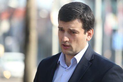 ŽALBE NA NEPRAVILNOSTI Šešić: SDS pokreće krivične prijave protiv osoba uhvaćenih u izbornoj krađi