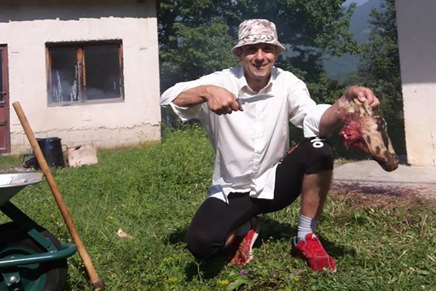 PODIGAO POLICIJU NA NOGE Prije godinu dana likvidiran najtraženiji serijski ubica Edin Gačić