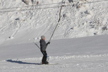NEOPISIVA TUGA Mladi košarkaš premino nakon nesreće na skijanju (FOTO)