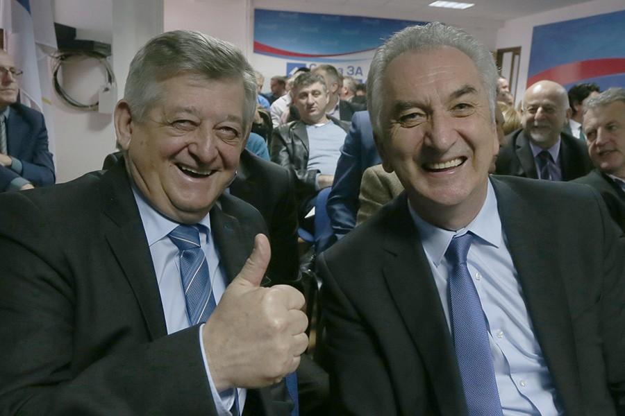 ŠAROVIĆ DIJELI DOZVOLE ZA PREGOVORE Hoće li SDS u lokalne koalicije sa SNSD