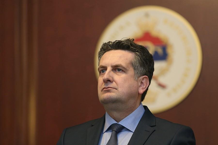 """""""Ovaj čin ne služi žrtvama"""" Vuković predlaže da se Incko proglasi nepoželjnom osobom u Srpskoj i Srbiji"""