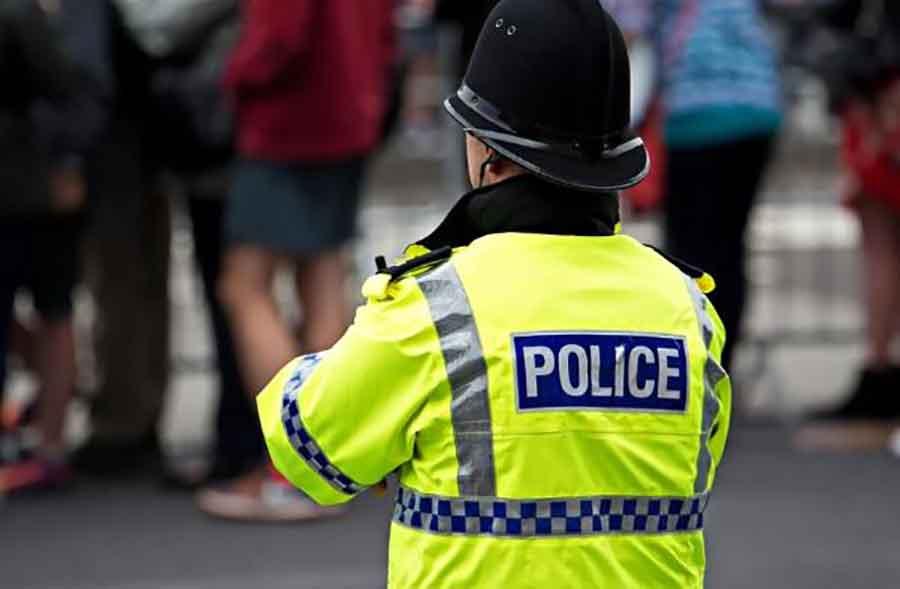 VELIKA ZAPLJENA Policija pronašla 60 PIŠTOLJA u automobilu