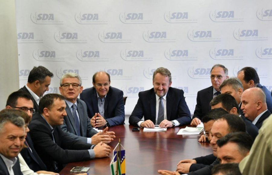 """LJUTI U SDA """"Ultimatum Milorada Dodika i Dragana Čovića NE PRIHVATAMO"""""""
