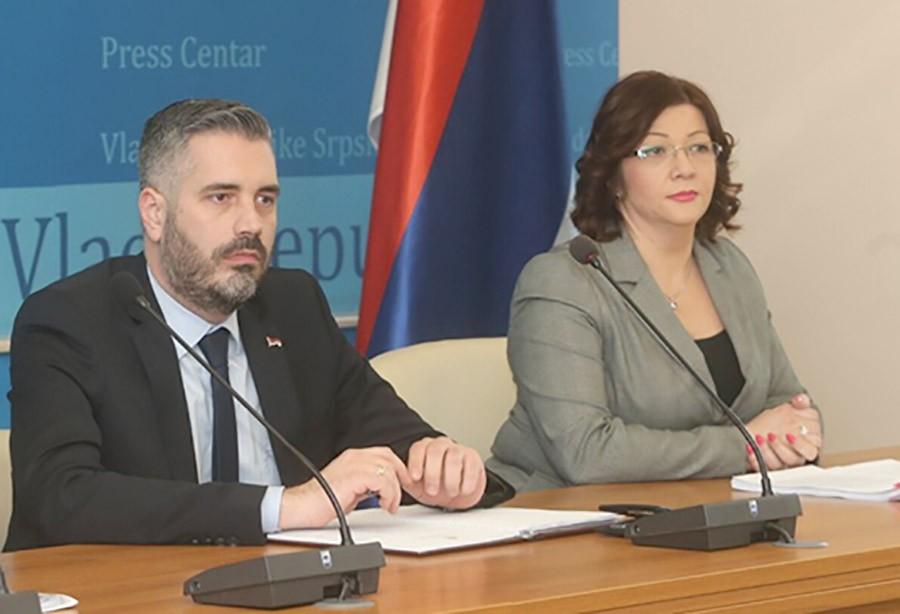 Ministri: Nemamo problem s PROVJEROM DIPLOMA, ali u skladu sa zakonom