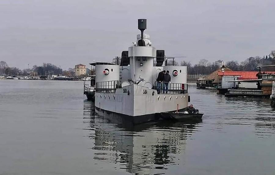 HAOS U SANKT PETERBURGU Požar na brodu, ima stradalih i provrijeđenih