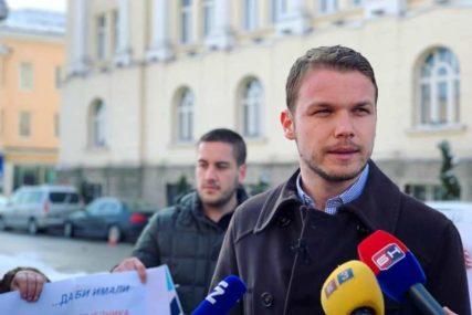 """""""PREMLATIĆEMO TE, KADA ĆEŠ SE ZAUSTAVITI!"""" Poslanik Draško Stanivuković dobio nove prijetnje"""
