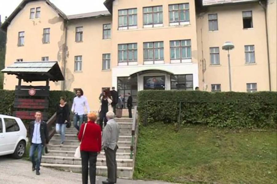 """Traže rješenje za SPORNU """"STANARINU"""": Odblokiran rad Fakulteta fizičkog vaspitanja i sporta u Palama"""