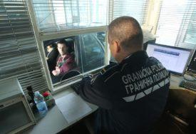 ZAHTJEVAO I UZEO NOVAC Predložen pritvor za graničnog policajca zbog primanja mita