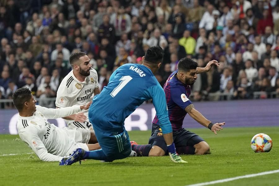 DEPRESIJA U MADRIDU Real promašio SVE ŽIVO, Katalonci u finalu Kupa kralja!