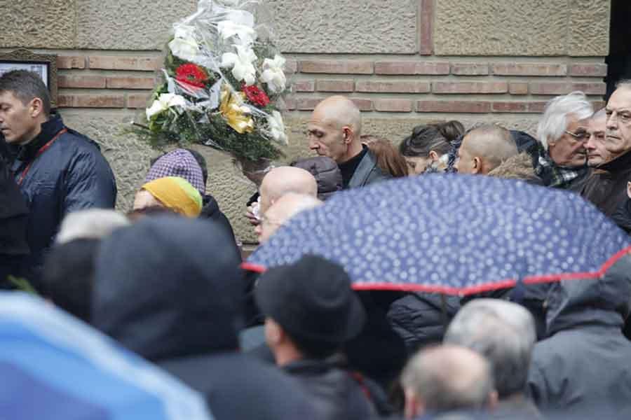 OPROŠTAJ OD LEGENDE Na sahrani Šabana Šaulića i njegov vanbračni sin Robert