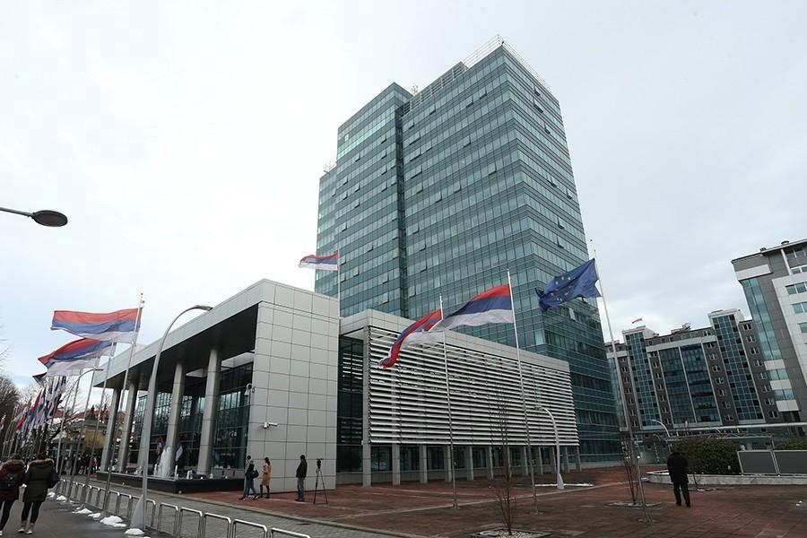 DUG 5,85 MILIJARDI KM Zaduženost Srpske blago SMANJENA u tri mjeseca
