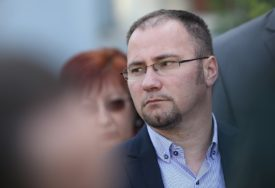 """NEŠIĆU ŽELIMO DOBRO ZDRAVLJE"" Bosančić odgovorio na optužbe da je DEMOS instant partija"
