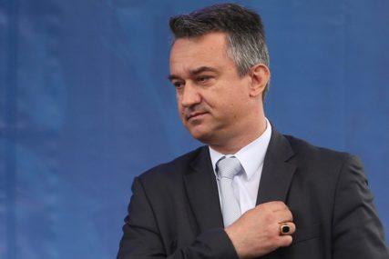 """Darko Mladić uoči izricanja presude ocu """"Ako se bude zasnivala na pravu i dokazima oslobodiće ga"""""""