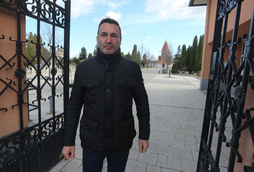 """""""MOJA MAJKA NEĆE ZAPLAKATI, VAŠE HOĆE"""" Sud obustavio gonjenje jer MUP NE ZNA gdje je Davor"""